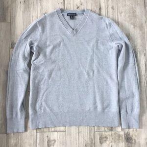 Banana Republic V-Neck Sweater Size XL